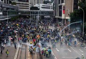 Китай решил принять закон о госбезопасности Гонконга